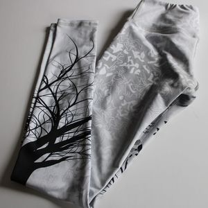 NOLI Tree of life yoga pants white black Xs